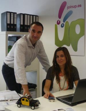 Entrevistamos a Elena Peyró y Alberto López, fundadores de Joinup Taxi
